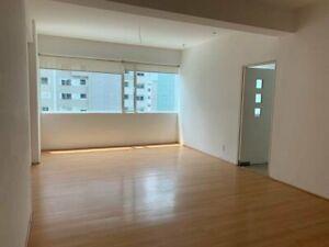 Renta o Venta; departamento de 2 rec, 2 baños; Isola Santa Fe, piso 10; 114 mts2, espacios.