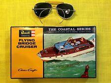 "REVELL Kit. H302-100, Chris Craft FLYING BRIDGE CRUISER- 1964, ""COASTAL SERIES"""