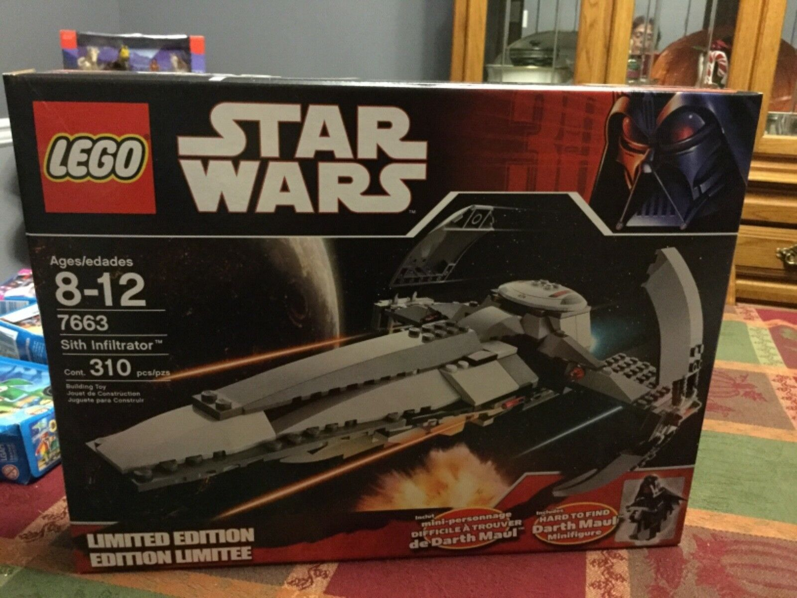 BRAND NEW  FACTORY SEALED  STAR WARS LEGO 7663 SITH INFILTRATOR LIMITED EDITION