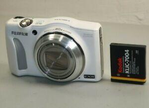 Fujifilm FinePix F Series F850 EXR 16.0MP Digital Camera - White *Good/tested*
