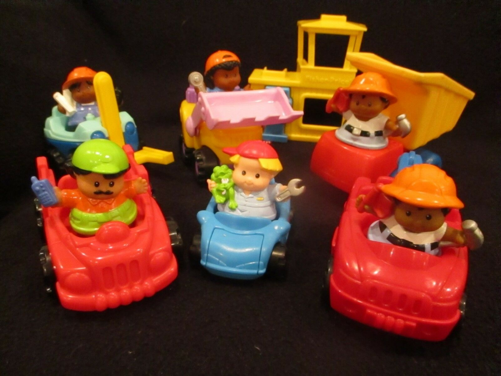 Lot of fisher price little tykes little people construction vehicles and people