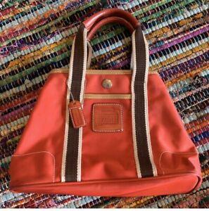 Coach-purse-handbag