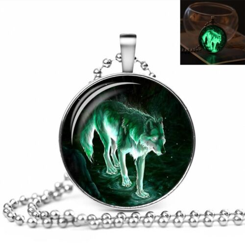 Jewellery Gift Idea UK GLOW IN THE DARK NIGHT WOLF LARGE PENDANT NECKLACE
