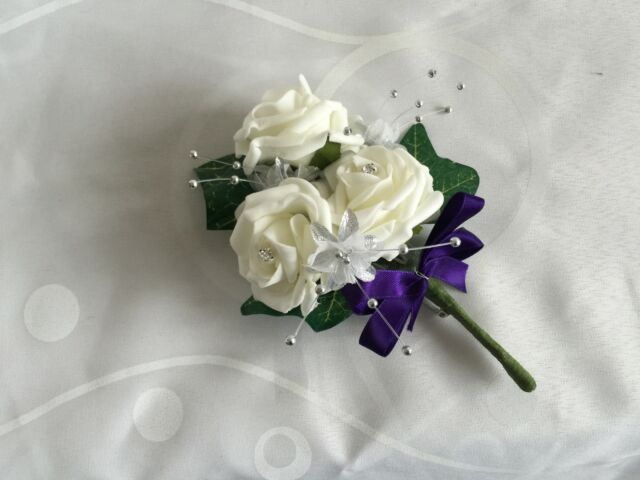 Ladies mother of brides Buttonholes pin corsage wedding flowers