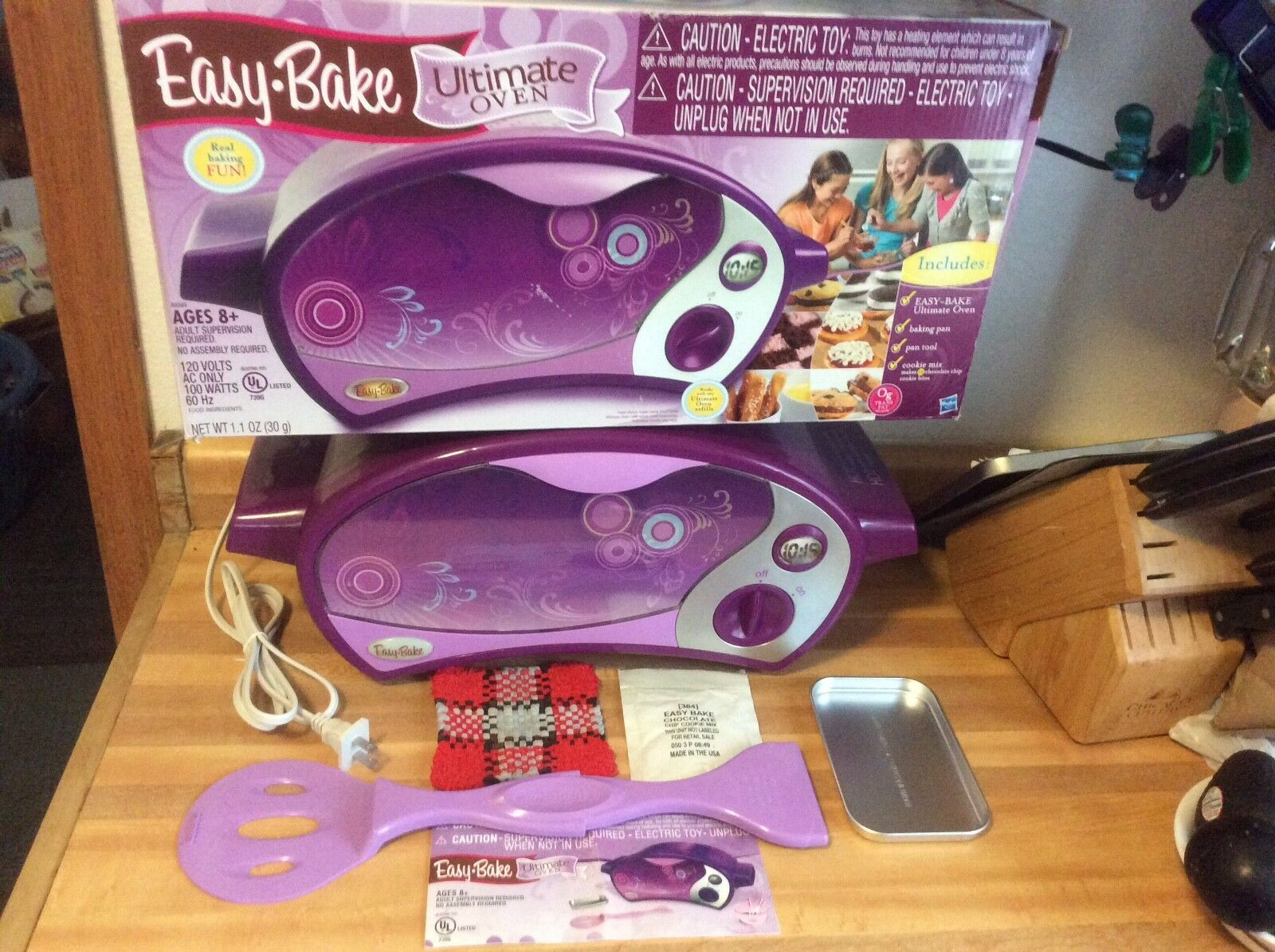 Ultimate Easy Bake Bake Bake Oven Limited Edition Purple w  Accesssories 2010 dc911b