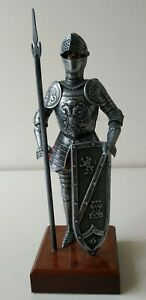 034-Silver-034-Knight-Figure-Suit-Of-Armour-Medieval-Historical-Collectable