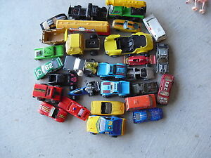 Large-Lot-of-1970s-90s-Era-Plastic-and-Diecast-Cars-Trucks-More-LOOK