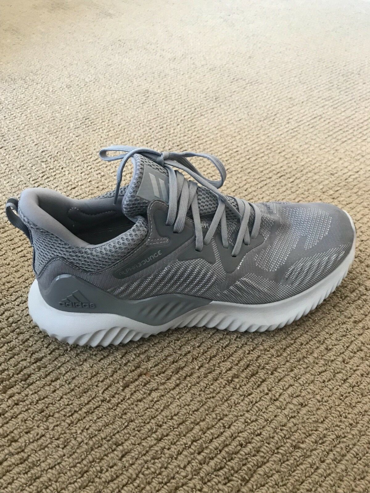 Alphabounce Adidas 8.5 Gris Hommes