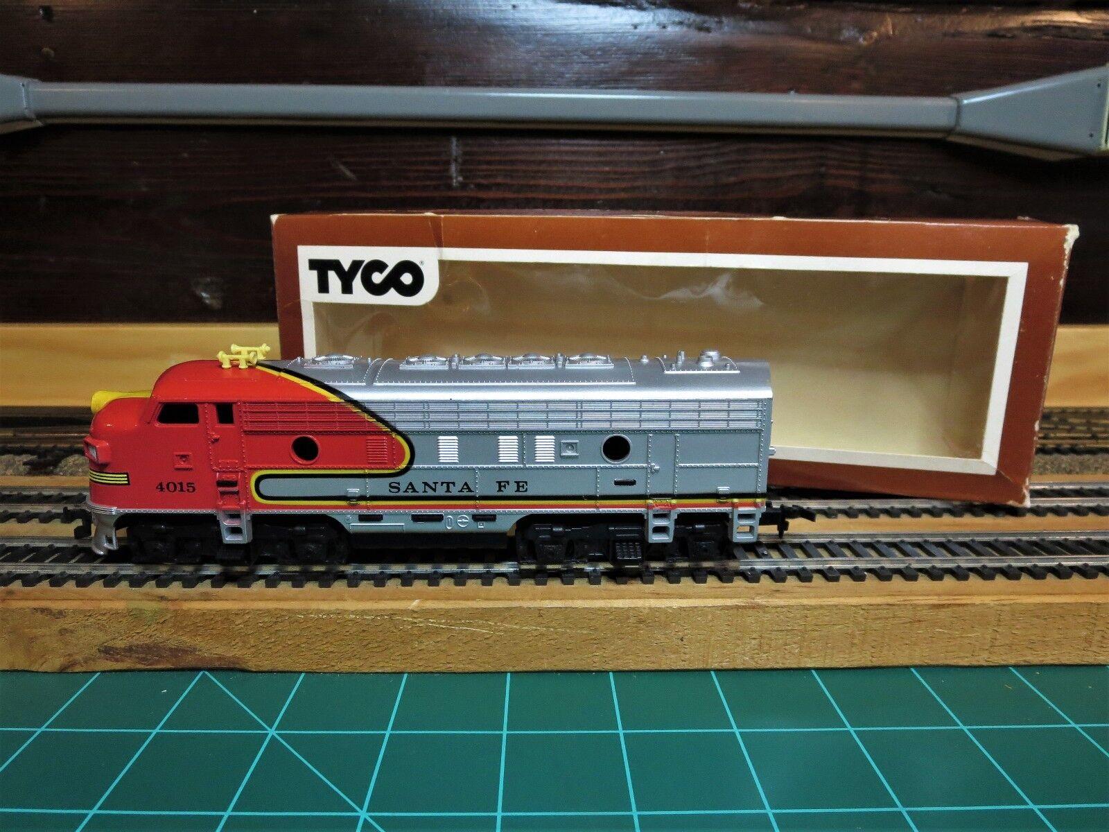 TYCO  4015 HO EMD F7A Powerosso Passenger Locomotive  WAR BONNET AT&SF  RTR