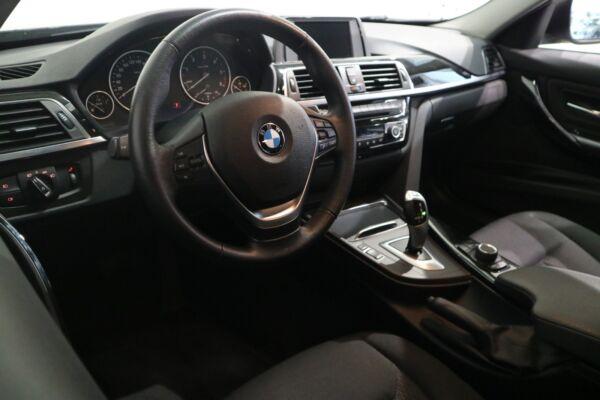 BMW 320d 2,0 aut. billede 8