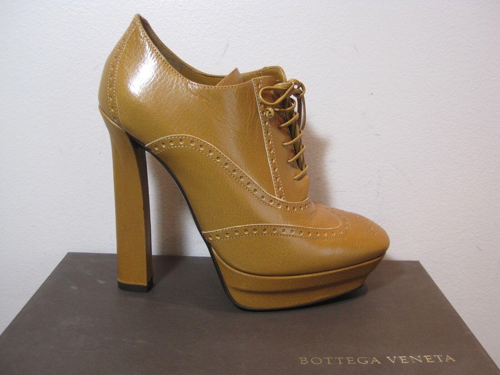 Bottega Veneta Kari Brown Oxford Lace Up Booties Boots 950 40 10
