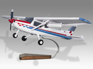Details about Cessna 152 Aerobat Movable Control Surfaces Pilot Training  Aid Wood Model