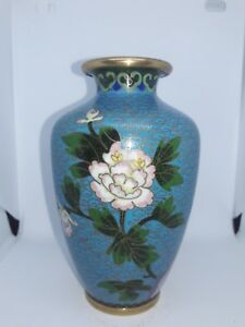 Antique-Chinese-cloisonne-vase-blue-with-Flowers-and-Bird-19th-century-6-inch