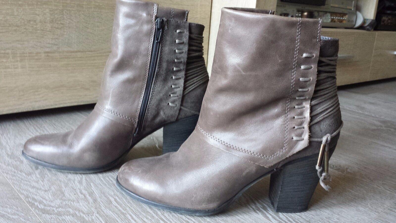 Original Stiefel Stiefeletten von BULL BOXER braun mit Schnürung TOP