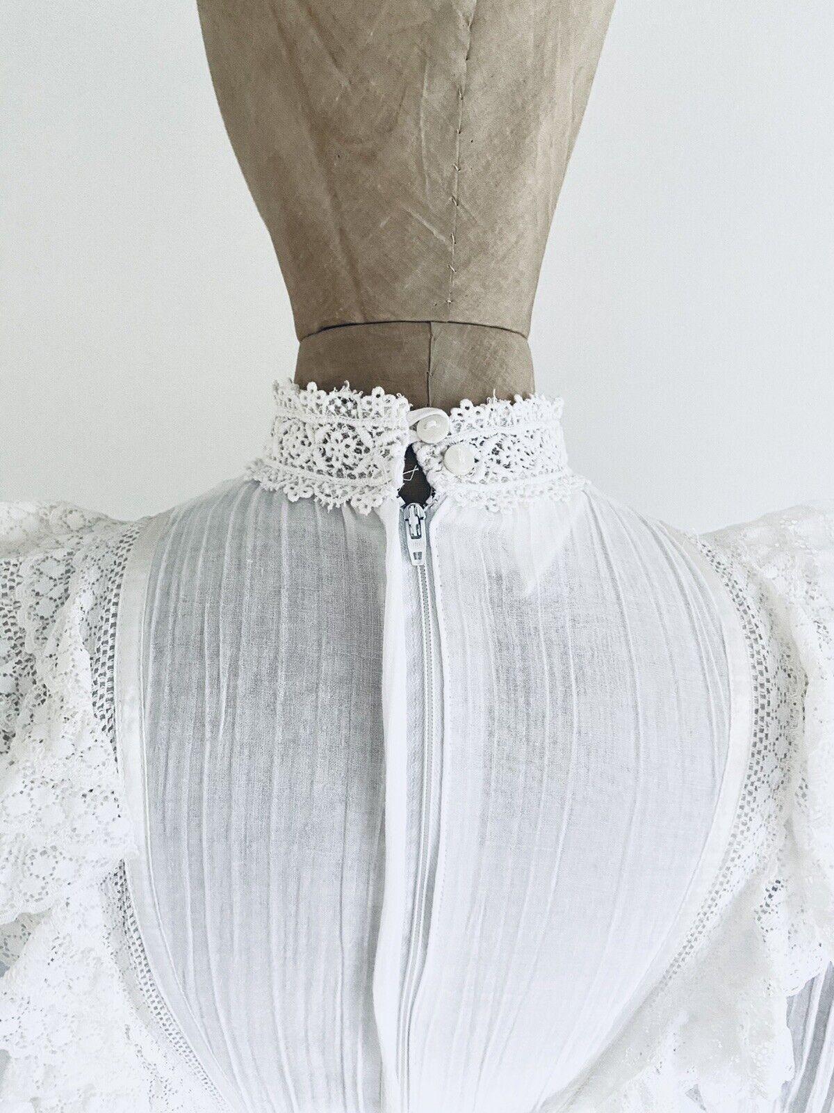 Vintage GUNNE SAX White Cotton Prairie Maxi Dress… - image 8