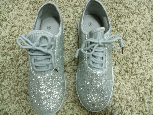 9b80464e87e Womens Tennis Shoes Glitter Bomb Silver and Gift Bag Size 9 NWT