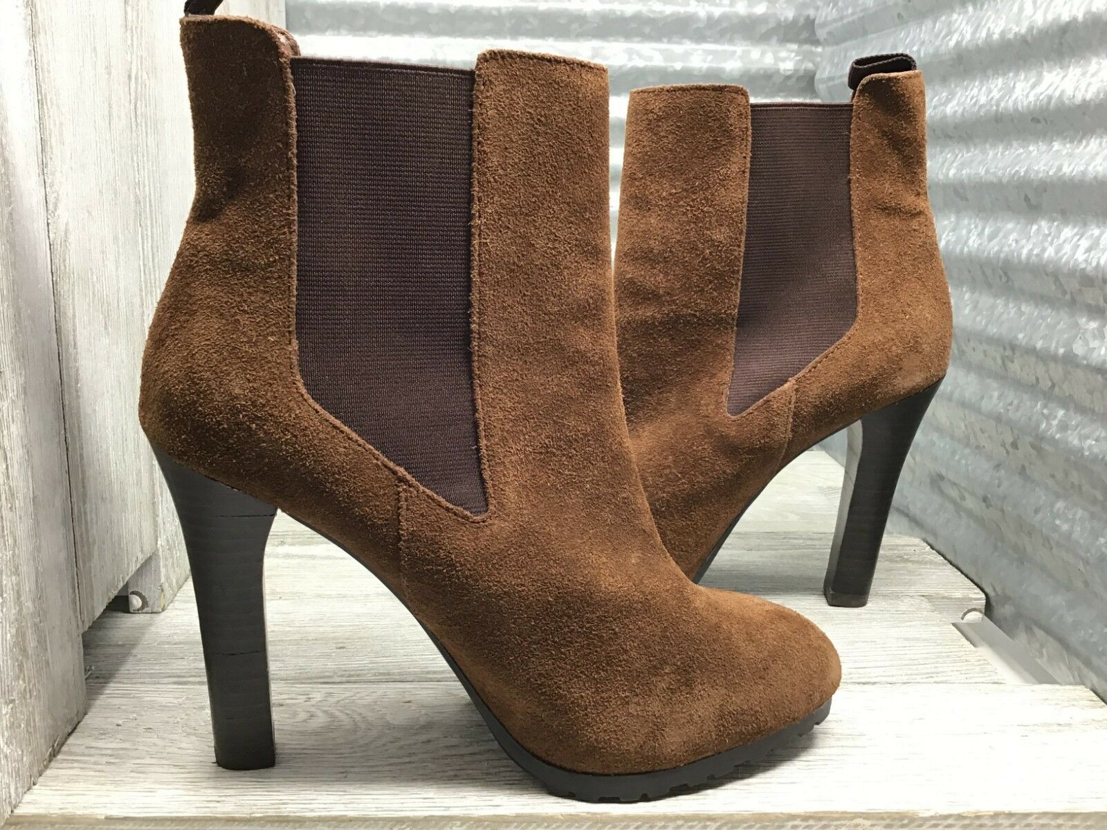 Lauren Ralph Brown Leather Women's Ankle Chelsea Boot Suede Sole Grip Size 7.5