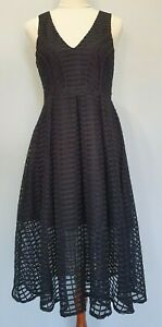 Womens-Size-M-Cocktail-Party-Formal-Black-Lace-V-Neck-Fit-amp-Flare-Midi-Dress