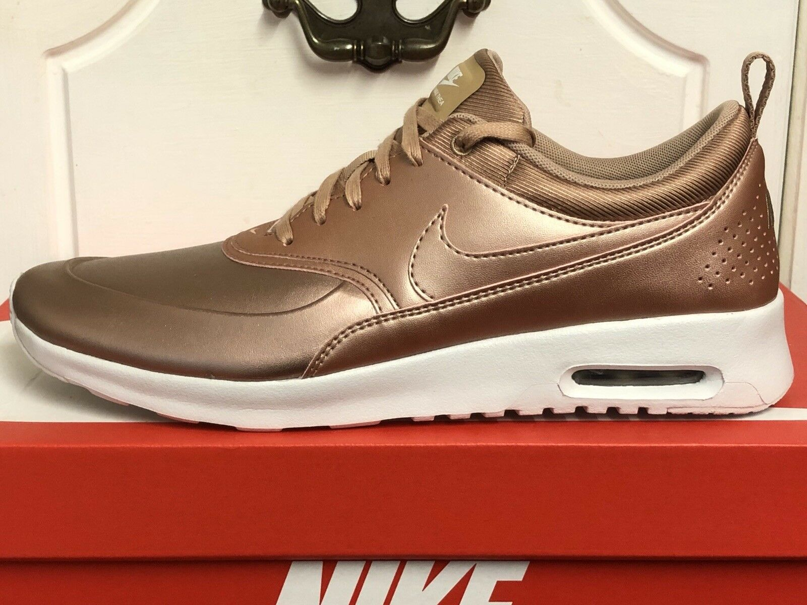 NIKE AIR MAX Thea SE TRAINERS SNEAKERS SHOES UK 9,5 EUR 44,5