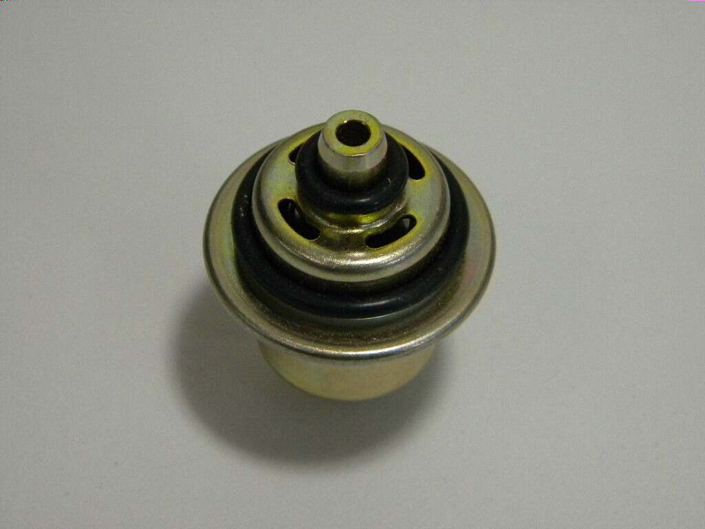 Standard PR211 NEW Fuel Injection Pressure Regulator CHRYSLER,DODGE,EAGLE*90-97