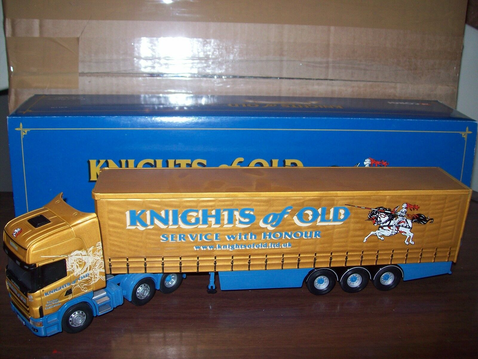 CORGI MODERN Heavy CC12911 Scania Topline Curtainside KNIGHTS of OLD