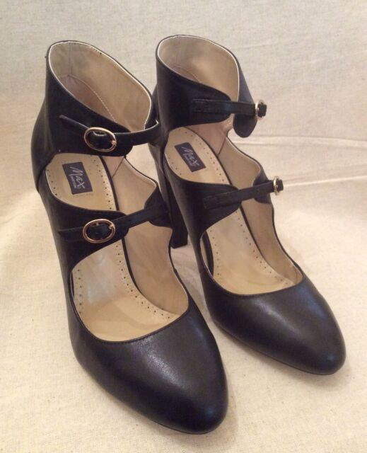 Maxshop Black Leather Heels. Size 39