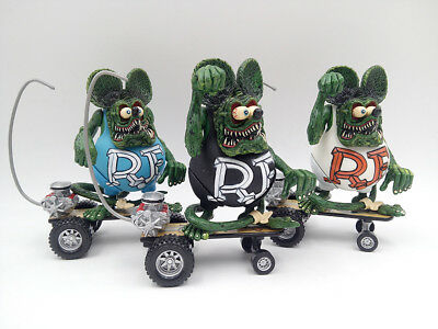 Red Rat Fink Rare New Big Daddy Sidewalk Surfer Ed Roth Skateboard Action Figure