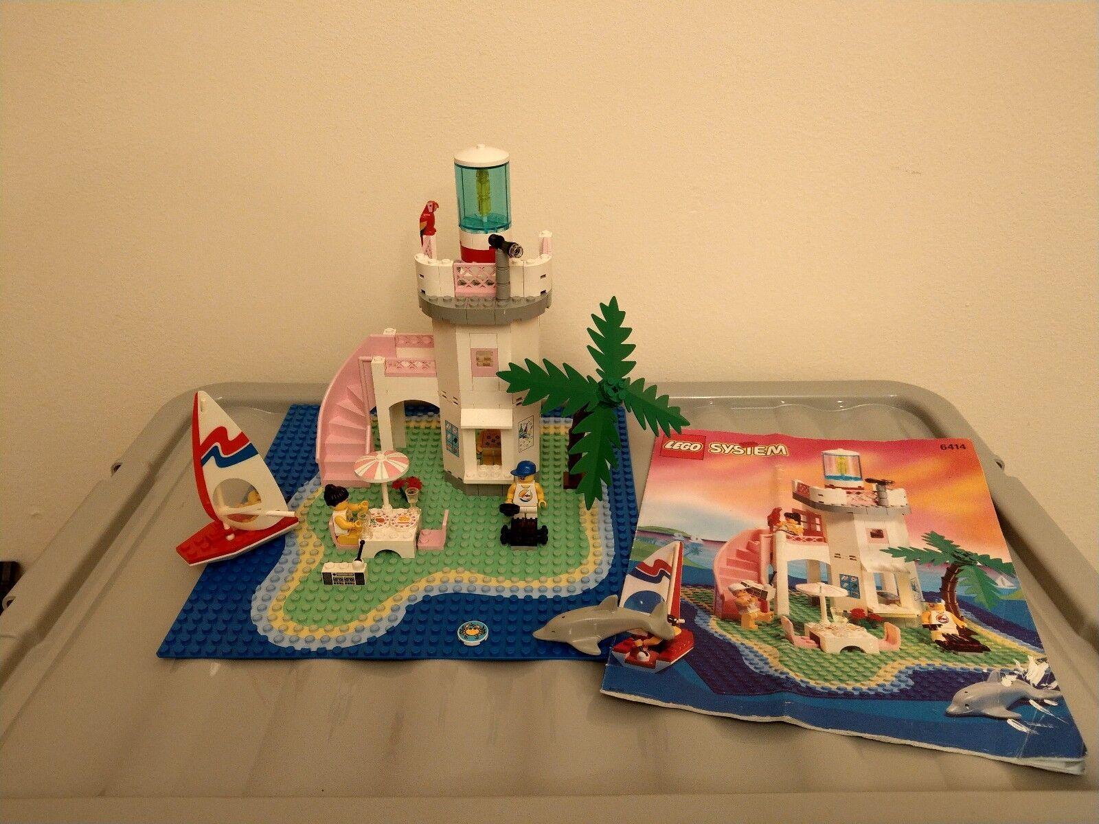 Lego 6414 Paradisa Dolphin Point - 100% complete with Instructions