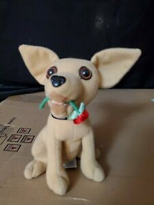 TACO BELL Vintage Chihuahua Plush Dog 1999 Talking Yo Quiero Taco Bell with Rose