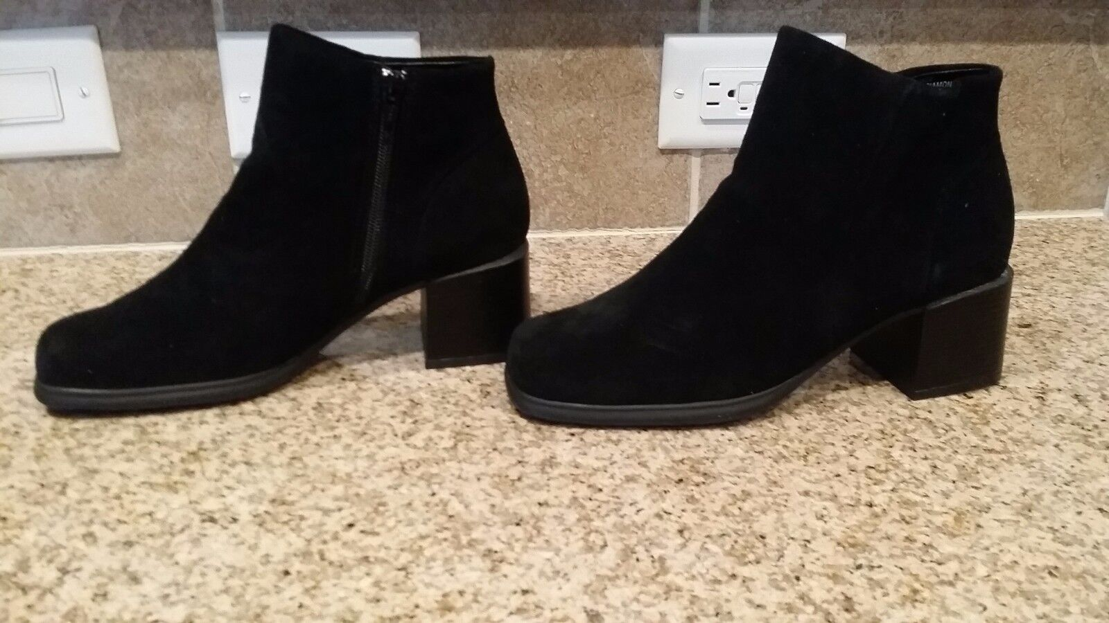 NEW Size 7M 7M 7M Suede Side Zip Boot 9b2b51