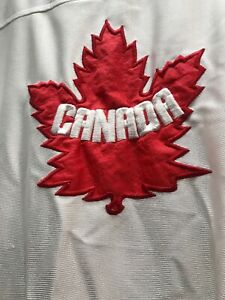 Team-Canada-Olympic-Hockey-Jersey-Mens-XL-TG-Sewn-Maple-Leaf-Red-White-Good-Cond