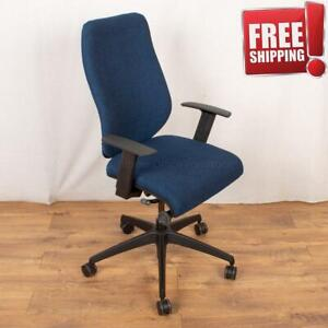Refurbished Boss Design COZA Blue fabric seat Blue Plastic Back