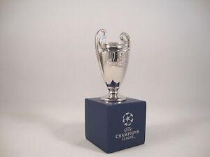 Le Meilleur Uefa-ligue Des Champions Tm Coupe 45 Mm M. Socle Cup Trophy Cl-afficher Le Titre D'origine