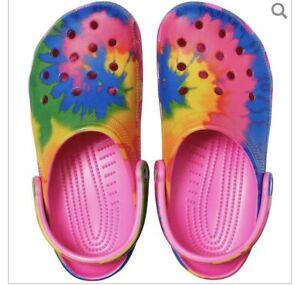New Crocs Classic Tie-Dye Graphic Clog Women's Size 7 / Men 5 Electric Pink