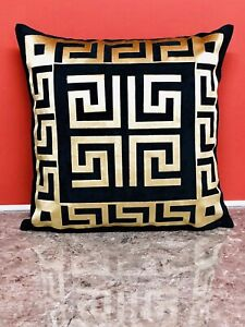 Cuscini Versace.Greek Border Greek Key Versace Border Black Gold Decorative Pillow