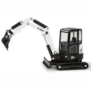 Bobcat E35 Compact Excavator 1//50 NIP