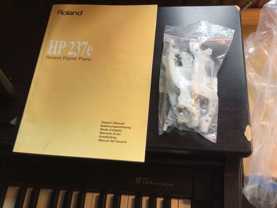Elpiano, Roland HP237e