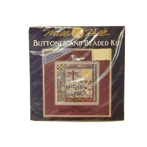 MHCB194-Mill-Hill-Buttoned-amp-Beaded-Buzzin-039-Buddies-New-Dragonfly-cross-Stitch