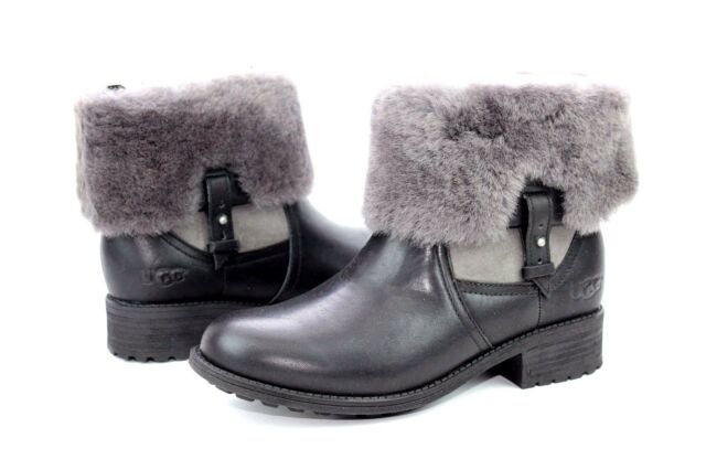 a7dbb23e710 UGG Chyler Leather Cuffed Sheepskin Black Ankle BOOTS Size 7 US