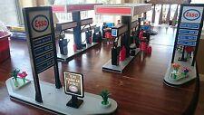 2 Playmobil esso gas stations