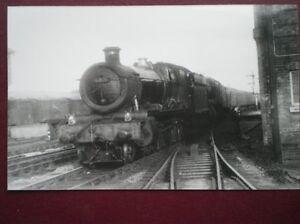 PHOTO  GWR GRANGE LOCO 6815 FRILFORD GRANGE amp 1028 AT EXETER 1958 - Tadley, United Kingdom - PHOTO  GWR GRANGE LOCO 6815 FRILFORD GRANGE amp 1028 AT EXETER 1958 - Tadley, United Kingdom