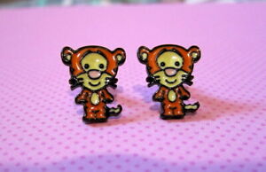 Chibi-Tigger-Earrings-Hypoallergenic-Stud-Tiger