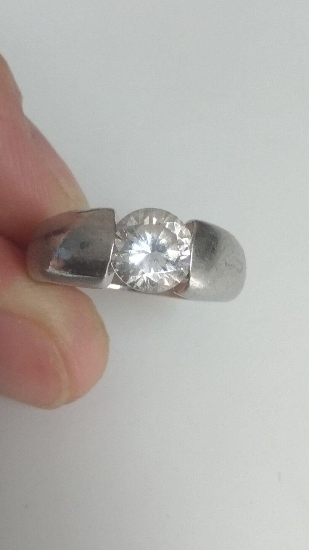 Bague jonc solitaire en silver massif et zirconium