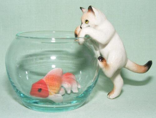 Klima MIniature Porcelain Anima Figure Siamese Cat Climbing Fish Bowl L992