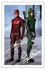 STEPHEN AMELL GRANT GUSTIN ARROW VS FLASH SIGNED PHOTO PRINT AUTOGRAPH