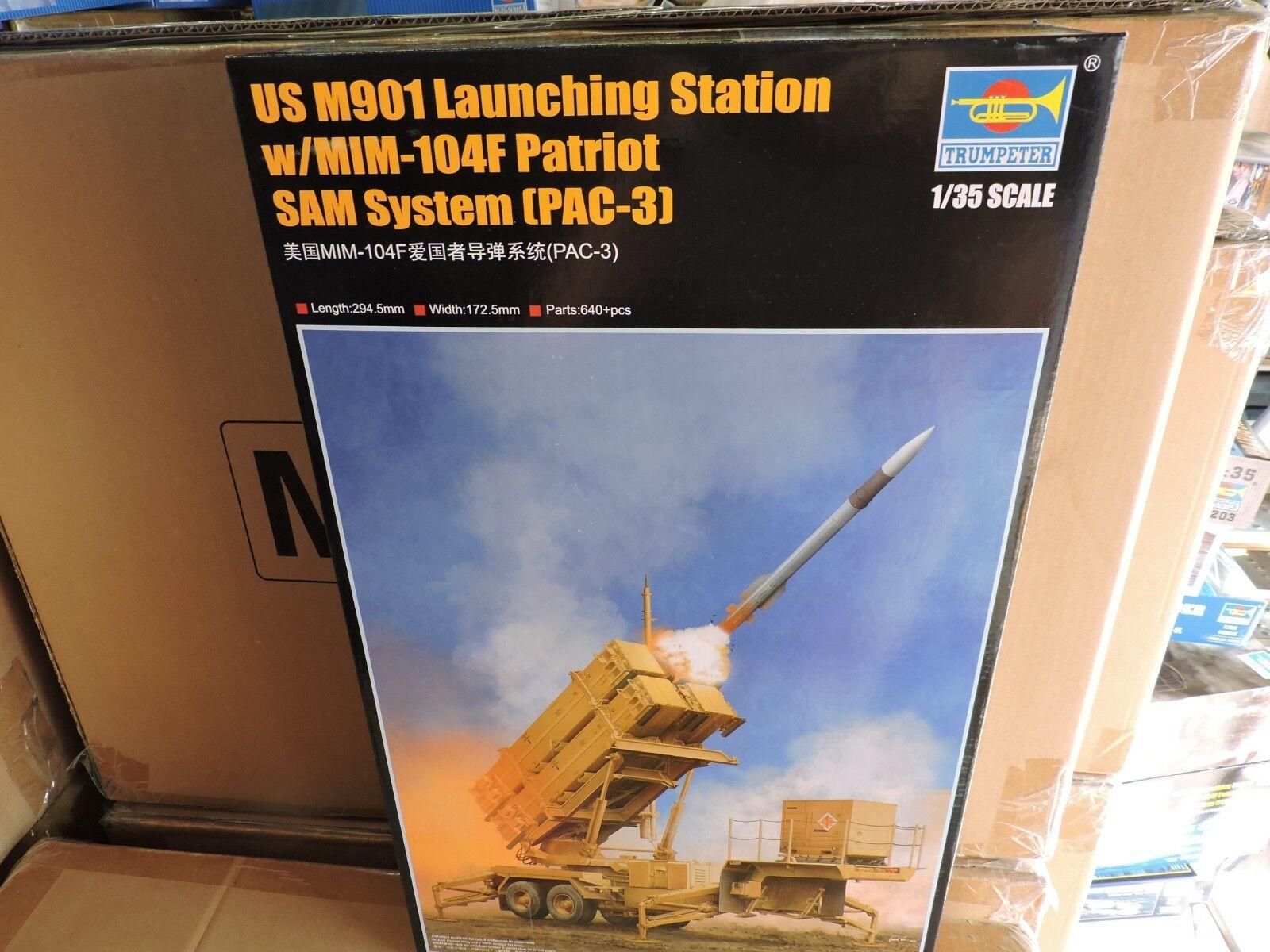 TRUMPETER 1 35th SCALE U.S. M901 PATRIOT LAUNCH STATION STATION STATION SAM SYSTEM KIT() 6449f3