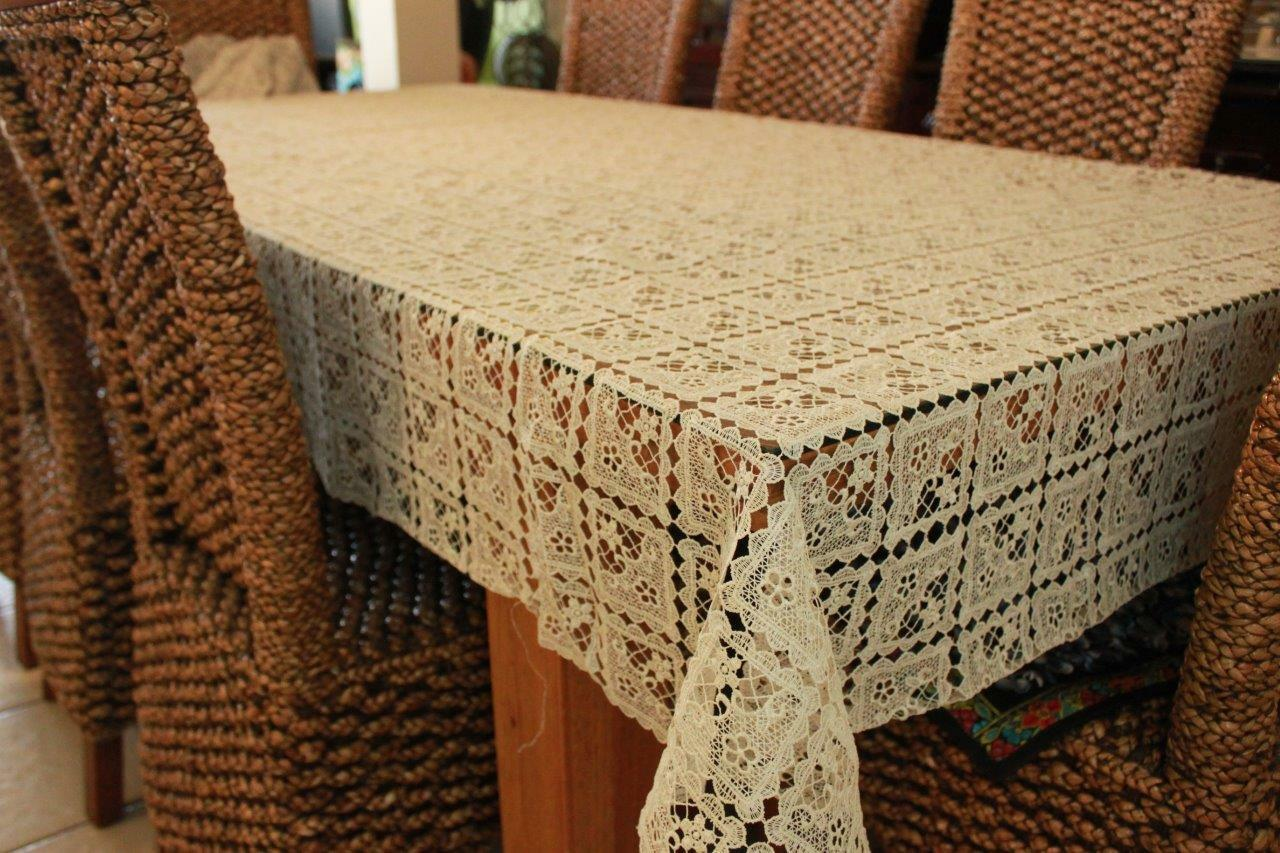 Cotton Lace Tablecloth for 16-18 chair 180X400cm rectangle blanc rouge 6 colour