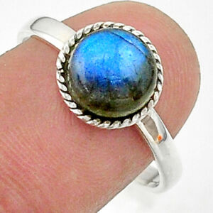 2.96cts Solitaire Natural Blue Labradorite 925 Silver Ring Size 8.5 T41358
