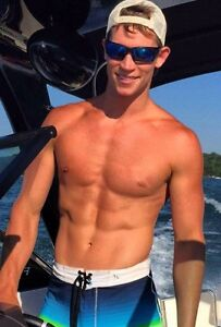 Shirtless Male Muscular Frat Guy Jock Boating Muscle Dude PHOTO 4X6 C1259