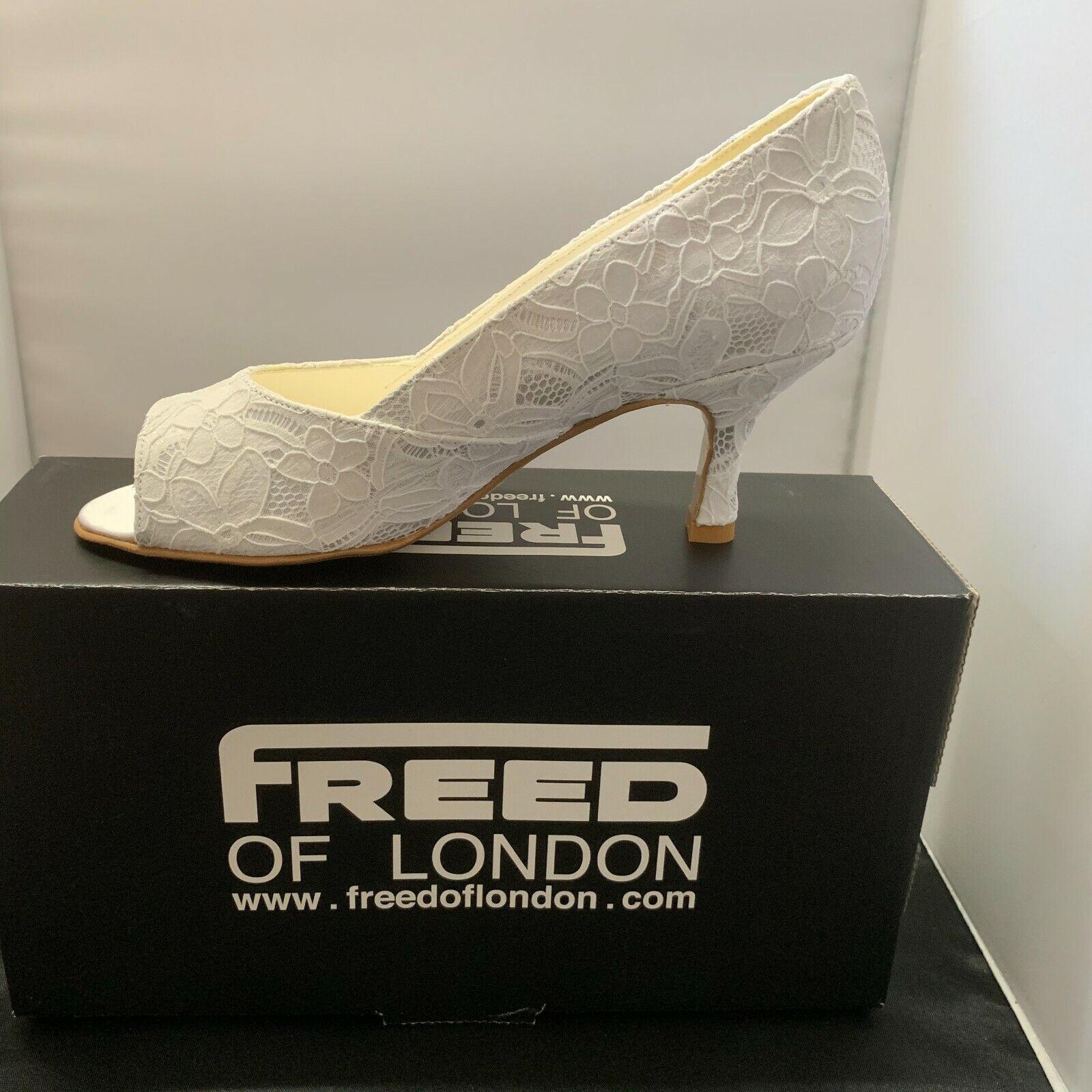 Ladies Bridal shoe, white lace size 5, 2.5 heel, by Freed of London UK.